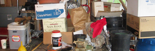 0094 Stuff & Clutter