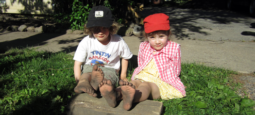 0113 Kids In The Garden - Kids-1